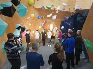 15 вчителів з різних шкіл Києва відвідали безкоштовний майстер-клас зі скелелазіння