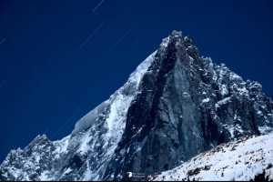 Французские альпинисты открывают новый маршрут на вершину Пти-Дрю на Монблане