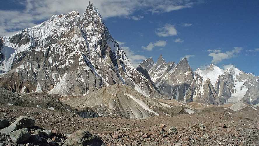 пик Биарчеди I (Biarchedi Peak) высотой 6781 метр