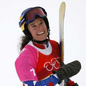 Чемпионка мира по сноуборду и горный гид погибли в лавине в горах Швейцарии