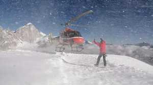 Эверест и Манаслу: на вертолете в высотный лагерь?
