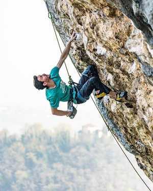 Стефано Гизольфи делает первое повторение маршрута