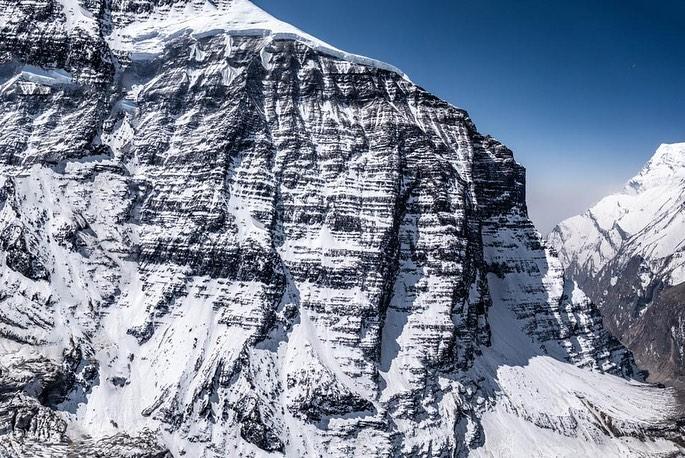 Вид на  Северо-Западный хребет горы Дхаулагири из базового лагеря. Фото Carla Perez