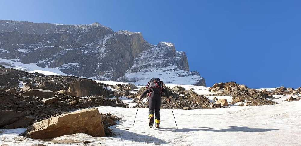 На первом участке маршрута на Северо-Западном хребте восьмитысячника Дхаулагири. Фото Horia Colibășanu