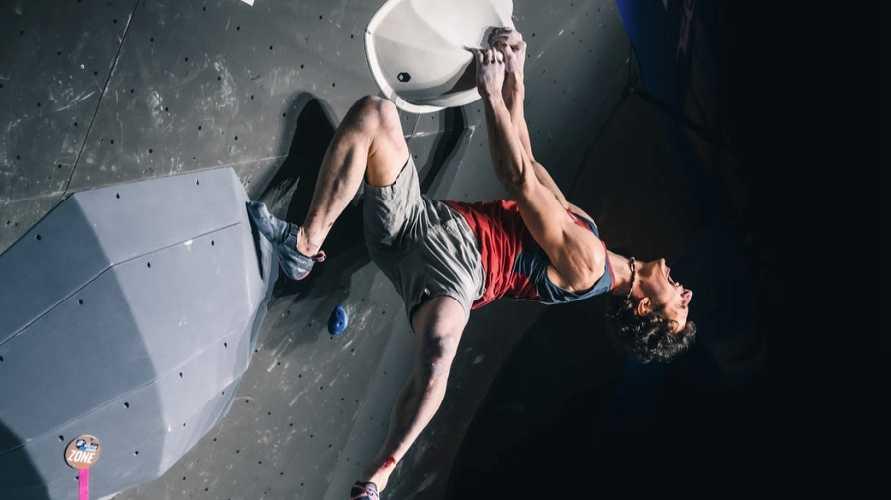 Адам Ондра (Adam Ondra) - победитель этапа Кубка Мира в Майренгене. 2021 год