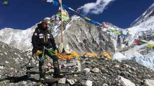 Алекс Тикон возвращается на Эверест