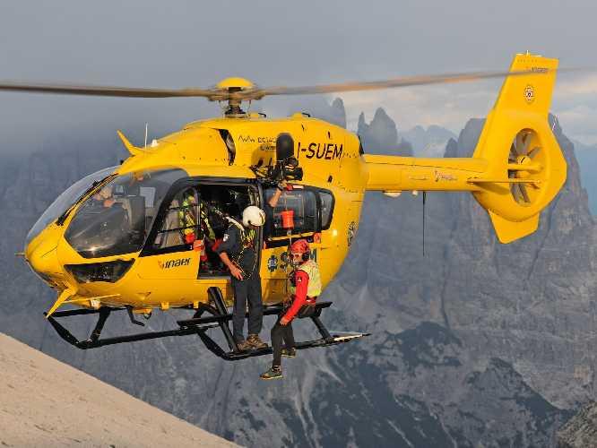 Итальянская спасательная служба Corpo Nazionale Soccorso Alpino e Speleologico. Фото CNSAS