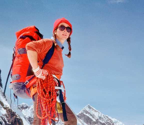 Мартина Роллан (Martine Rolland) в 1983 году стала первой в Европе женщиной-профессиональным горным гидом