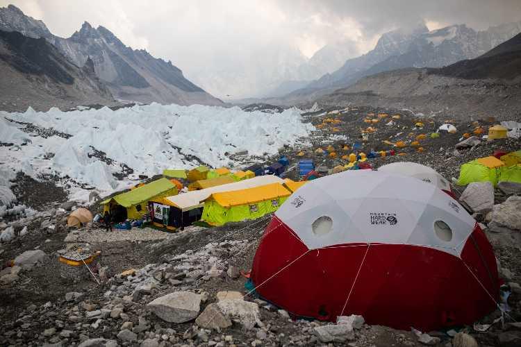 Базовый лагерь Эвереста. апрель 2021 года. Фото Climbing the Seven Summit