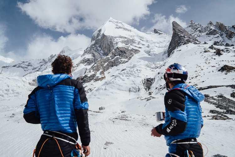 Анджей Баргель (Andrzej Bargiel) и Йендрек Барановски (Jędrek Baranowski) во время Каракорумской экспедиции 2021 на Лайла Пик