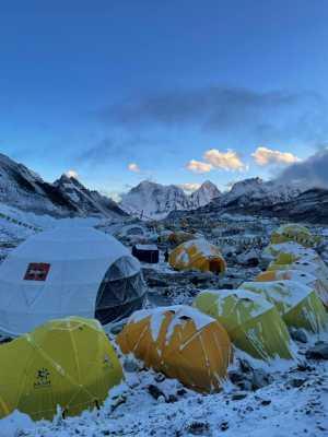 Плохая погода на Эвересте рискует сорвать второй этап штурмовых восхождений