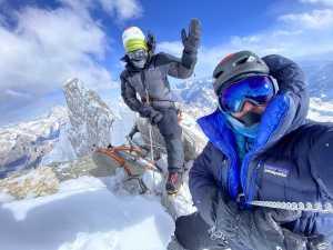 Видео с первого в истории восхождения на пик K6 Центральная высотой 7155 метров.