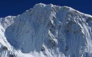 Чешские альпинисты начали штурмовое восхождение по новому маршруту на вершину семитысячника Барунцзе в Непале