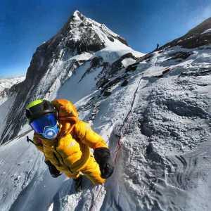 Килиан Жорнет и Дэвид Геттлер отказались от траверса Эверест-Лхоцзе