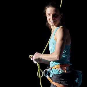 Знаменитая бельгийская скалолазка Анак Верховен уходит из большого спорта
