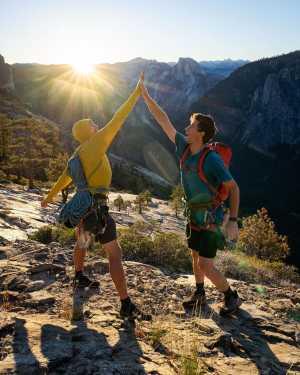 Тройная корона Йосемити: двойка скалолазов прошла сложнейшую задачу менее чем за 24 часа