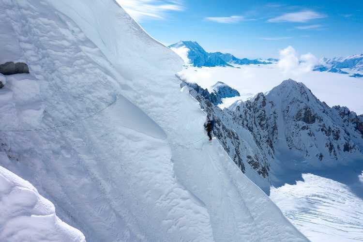 Попытка восхождения на гору Логан. Фото Ethan Berman