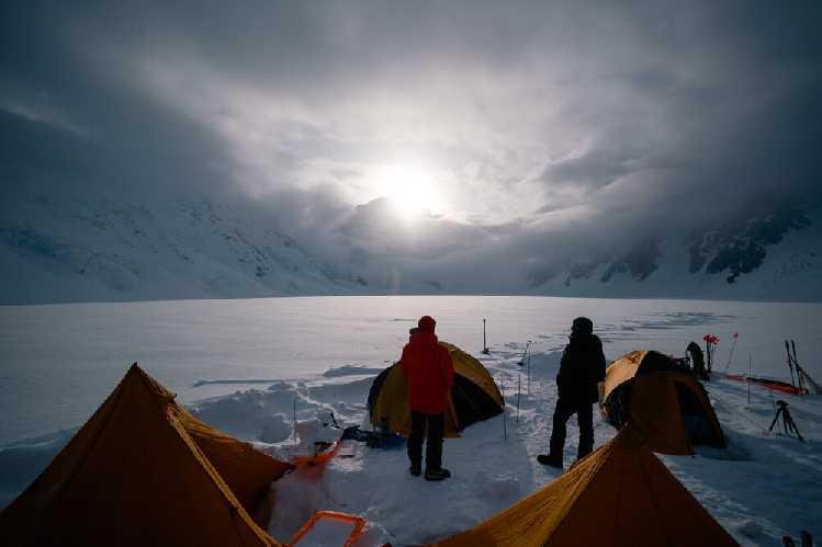 Вид из базового лагеря. Фото Ethan Berman