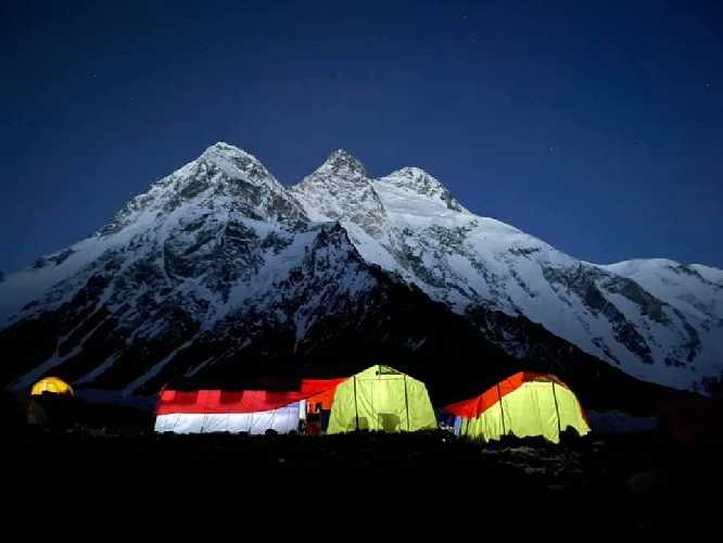 Базовый лагерь Броуд-Пик. Фото Юлия Зи