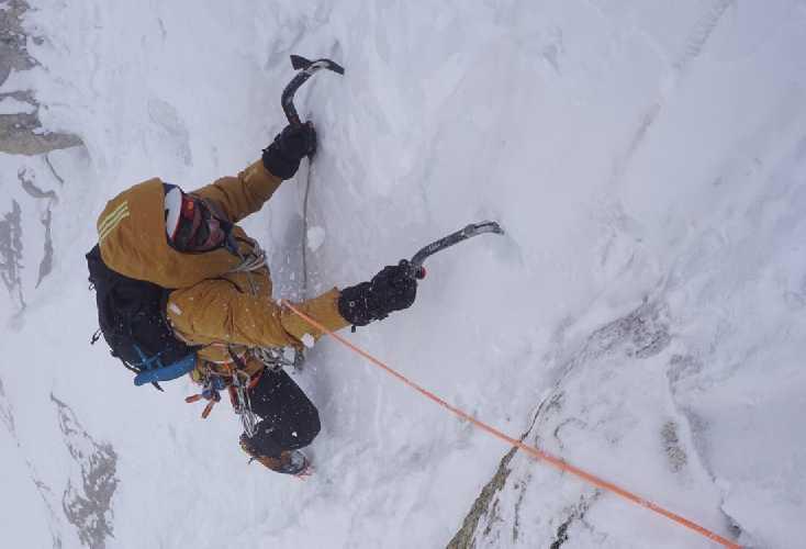 Экспедиция на шеститысячник Пумари Чхиш Восточный. Непогода на 4 день Фото Mathieu Maynadier / Tom Livingstone