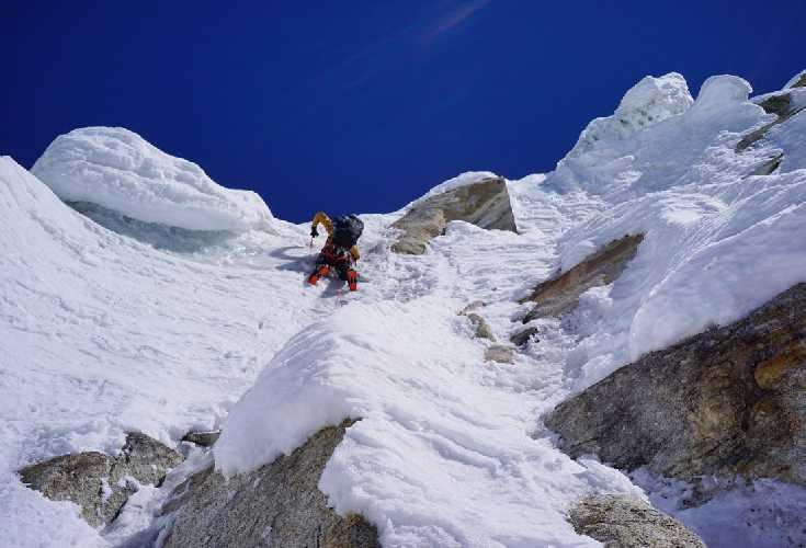 Экспедиция на шеститысячник Пумари Чхиш Восточный. Фото Mathieu Maynadier / Tom Livingstone