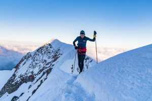 Новый мировой рекорд на Монблане: вверх и вниз за 6 часов 35 минут и 32 секунды пробежал испанский скайраннер Мануэль Мерильяс