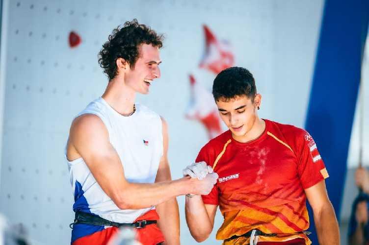 Адам Ондра (Adam Ondra) и победитель Олимпиады в Токио - Альберто Хинес Лопес (Alberto Ginés López)