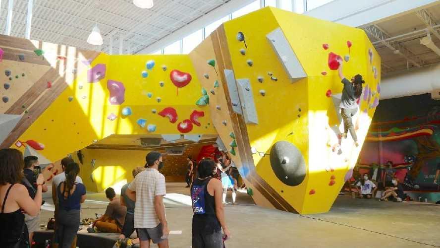 "Соревнования ""Humidity Sessions"" в Crux Climbing Center"