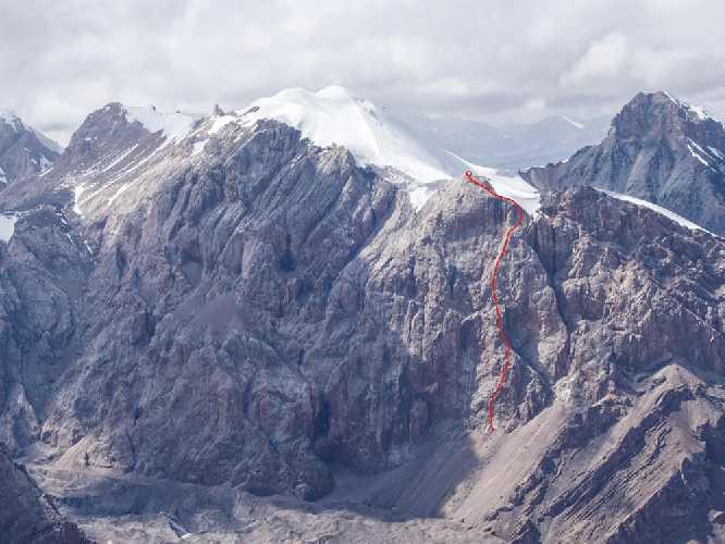 восхождение двойки Темерев - Тюлюдо по новому маршруту на южном склоне пика Марона Восточный