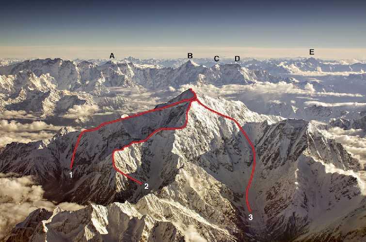 Ракапоши (7788 м) вид с юго-запада<br>(1) - маршрут по северо-западному гребню (1979 г.),<br>(2) - маршрут по юго-западному гребню (1958) <br>(3) - маршрут южной стены и юго-восточного гребня (2019).<br><br>На заднем плане вершины: (A) - Пасу (Pasu),  (B) - Шиспаре (Shispare), (C) - Боджохагур Дуанасир (Bojohaghur Duanasir), (D)  - Ультар (Ultar), (E)  - Карун Кох (Karun Koh)