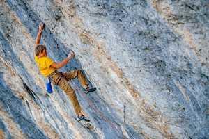 Александр Мегос согласился с пониженной до 9b+ оценкой категории маршрута