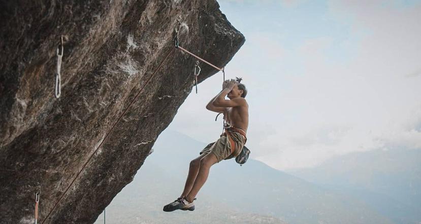 "12-летний Джанлука Вигетти (Gianluca Vighetti) на маршруте ""TCT"" категории 9а"