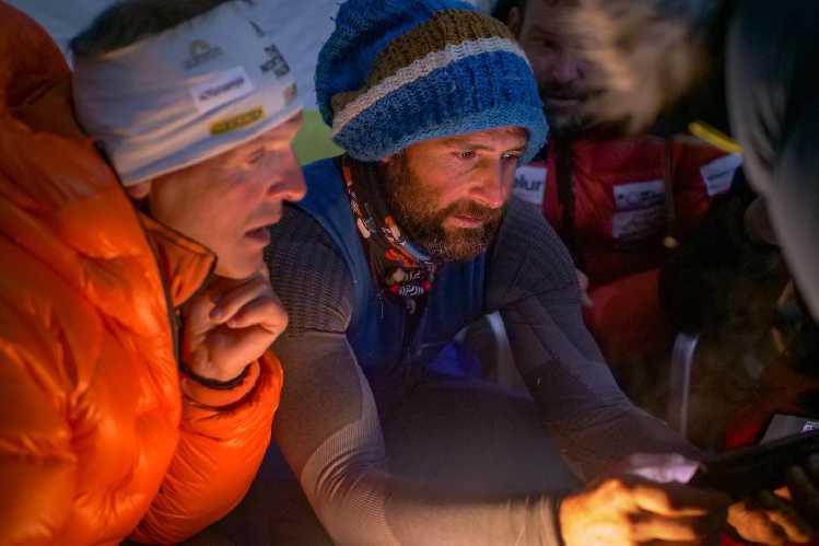 Алекс Тикон (Alex Txikon) и Симоне Моро (Simone Moro) в зимней экспедиции на Манаслу в сезоне 2020/2021 года