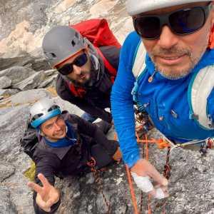 Українські альпіністи зійшли на одну з найбільших скельних стін Альп на вершину Піц Баділе (3308м)