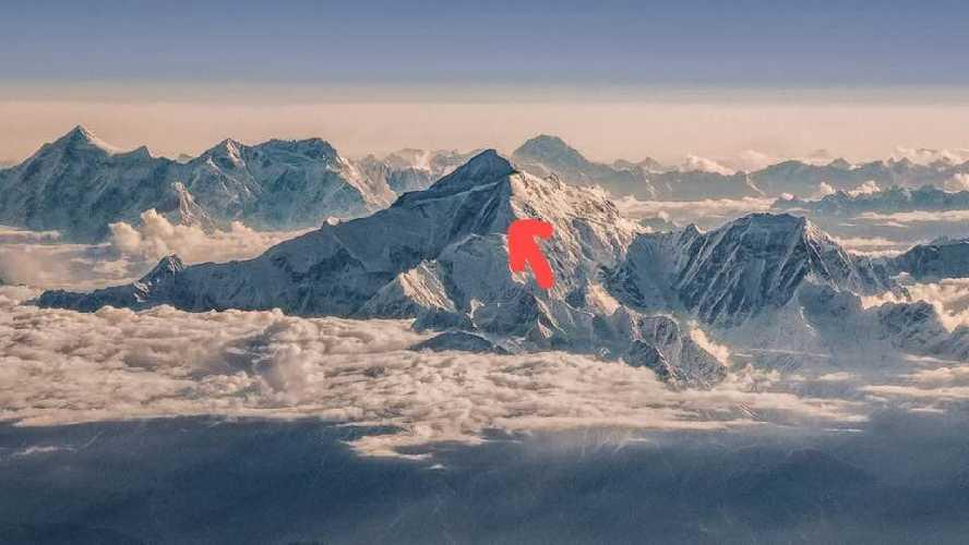 Чешско-пакистанская команда альпинистов попала в аварию на семитысячнике Ракапоши