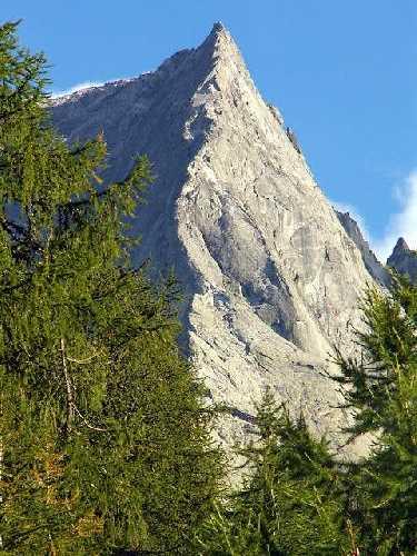 """маршрут """"Nordkante"""" на вершину горы Пиц Бадиле (Piz Badile, 3308м)"""