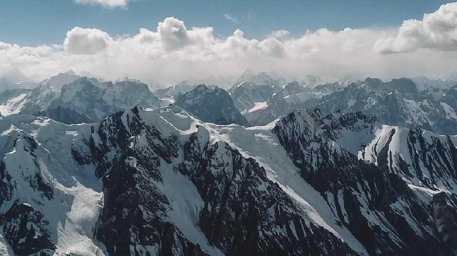 Горный массив долины Шимшал в Пакистане. Фото Andrzej Makaran