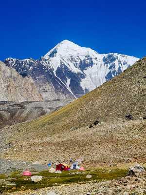 Грузинские альпинисты впервые прошли южную стену пакистанской горы Лангута-е-Барфи (Languta-e-Barfi, 6827 м)