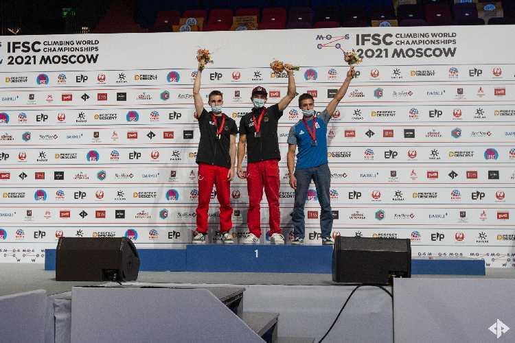 Федор Самойлов  - бронзовый призер Чемпионата Мира по скалолазанию 2021 (дисциплин многоборье) в Москве!