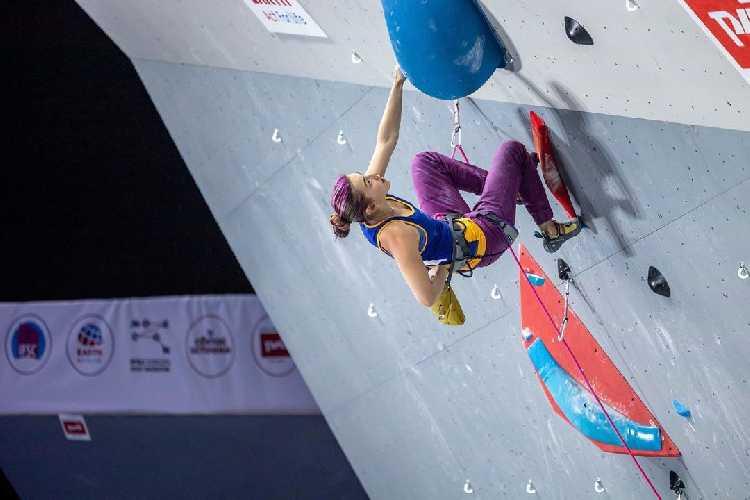 Евгения Казбекова (г. Днепр) - полуфиналистка Чемпионата Мира по скалолазанию 2021 года в Москве