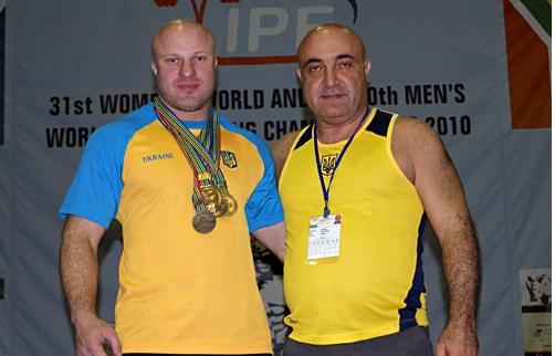 www.poltava.pl.ua   Михаил Буланый со своим тренером Лерником Матосяном