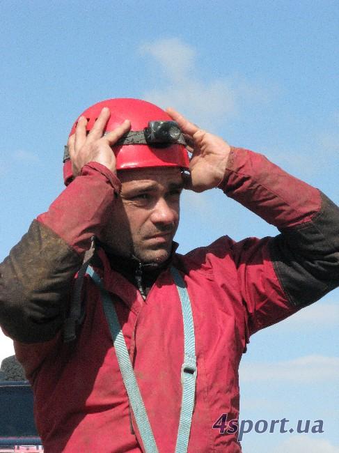 К спуску готовится Владимир Мельников (фото Д. Киселёва, 4sport.ua)