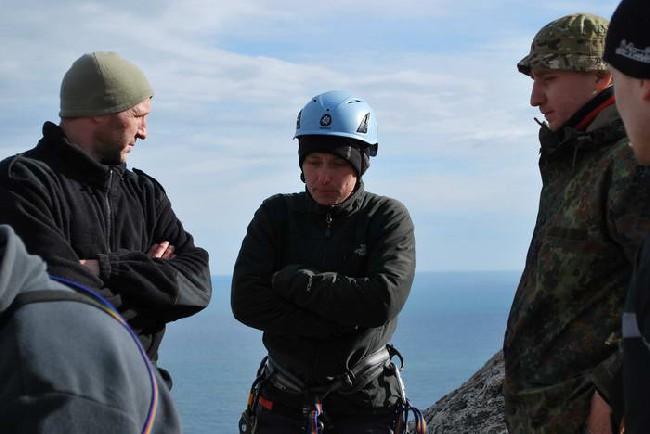 С ребятами на тренировочном восхождении. Крым