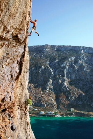 """The end of Mythos"""" 6c+, Balcony Helvetia, Arhi, Kalymnos. Photo Nikolaos Smalios"""