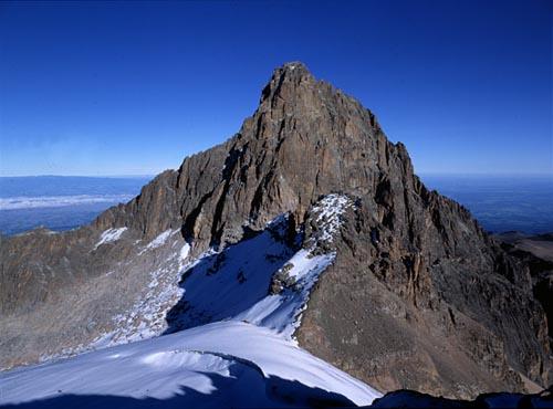 Mount Kenya  5199 метров (Кения)