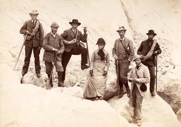 Члены Alpine Club. 19 век. Emile Rey, H S Hoare, Von Bergen на одном из ледников в Альпах