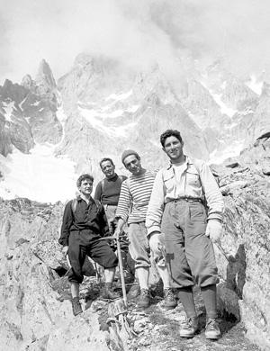 Вальтер Бонатти на итальянской стороне Монблана 1955 год.