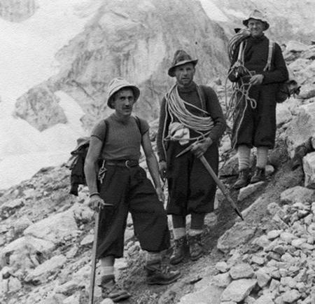 Gino Esposito, Riccardo Cassin, Ugo Tizzoni после прохождения Walker Spur