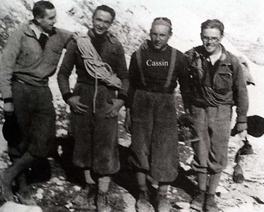 Слева направо: Sepp Meindl, Vittorio Ratti, Riccardo Cassin и Hans Hintermeier. 1935 год