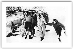 Вертолет французской жандармерии с одним из спасенных немецких альпинистов. 23 августа 1966 года